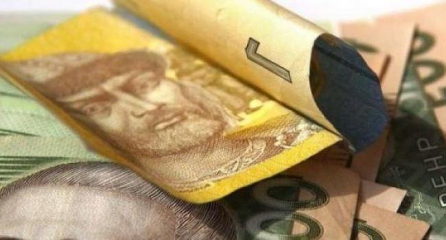 Зарплата нардепа Шаповалова вырастет в три раза