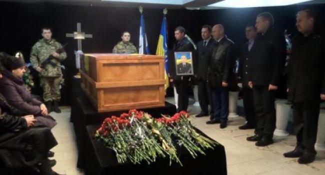 Сегодня Кременчуг попрощался с Алексеем Борищаком - фото