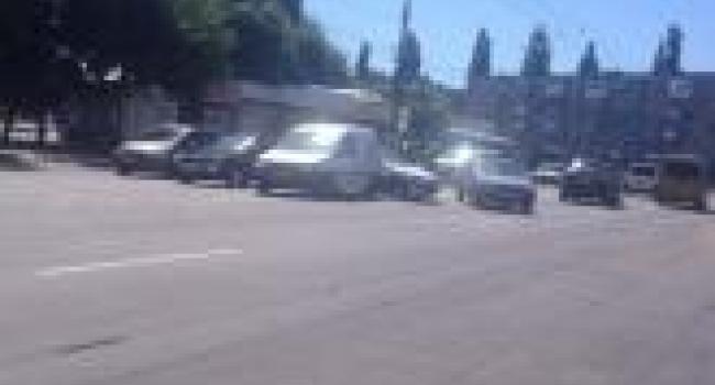 Фотофакт: в районе кондитерской фабрики произошло ДТП