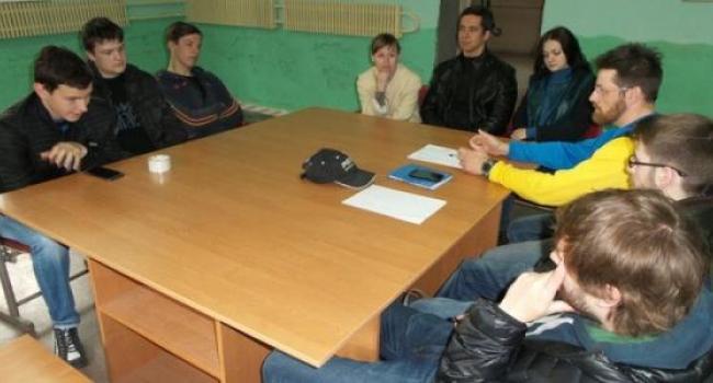 Велосипедисты Кременчуга провели первый круглый стол.