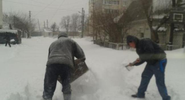 «За все время зимы ни одна машина к нам не заехала»