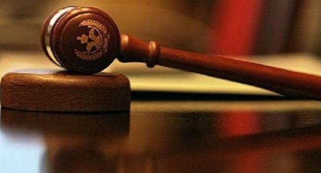 В областном админсуде приостановлено рассмотрение дел о люстрированных чиновниках