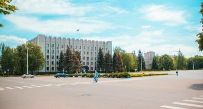 Исполком принял решение об установке скульптуры Олегу Бабаеву в сквере