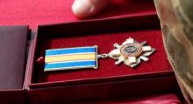Президент наградил двоих кременчужан орденом «За мужество»