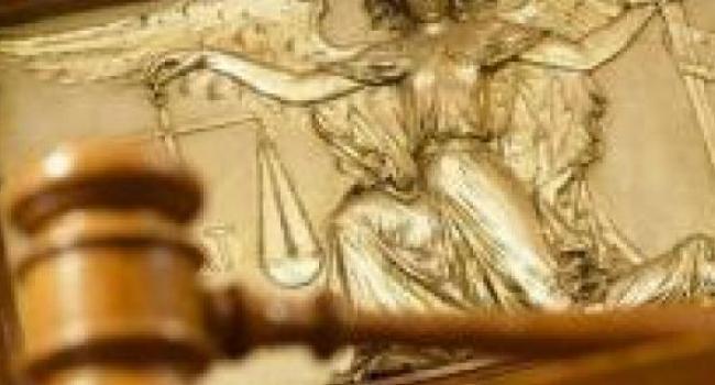 Юротдел оспорит решение суда о демонтаже скульптуры Олега Бабаева