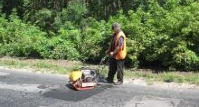 В августе на дорогах Полтавщины ликвидировано почти 10 тыс. кв. м ям