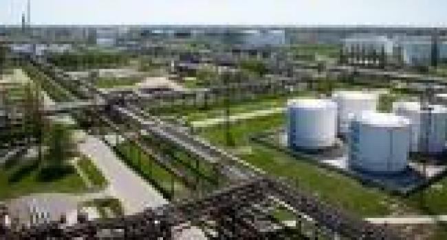«Укртатнафта» требует денег от «Укртранснафти»