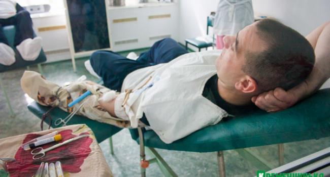 Патрульные полицейские Кременчуга сдали кровь