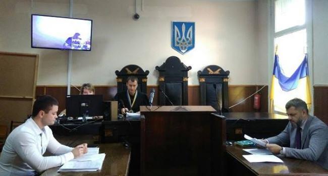 Суд почав розгляд позову директора телекомпанії «Візит» Мельника до міської ради Кременчука