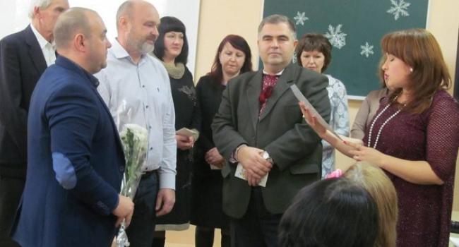 Нардеп Жеваго традиційно не залишив без подарунків кращих педагогів Кременчуцького району