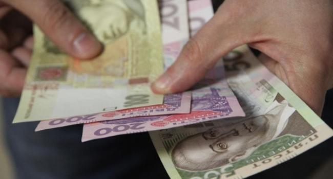 Деньги дали: медперсонал Кременчугской ЦРБ до конца года будет с зарплатой