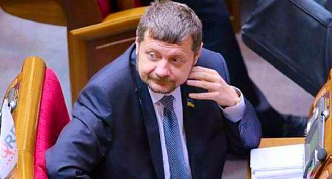 Нардеп от Полтавщины Мосийчук сорвал прямой эфир и признался, что выпил