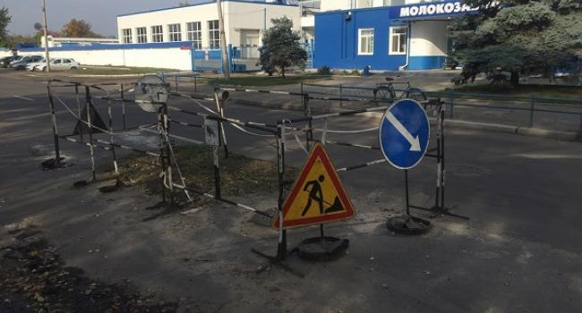 Власть рулит-2: «газон» на автомагистрали не заасфальтировали, а… вскопали