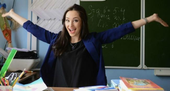 Кабмін підвищив оклади вчителям