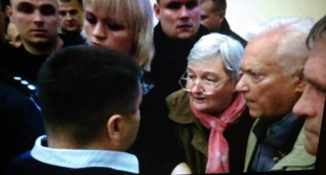Депутат Яцына и активистка Трофименко поскандалили на сессии