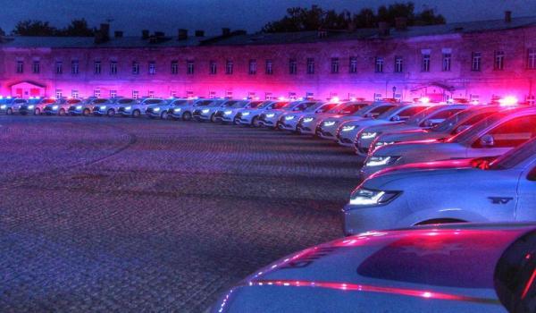 На дорогах Кременчука можуть з'явитися патрульні на Mitsubishi Outlander
