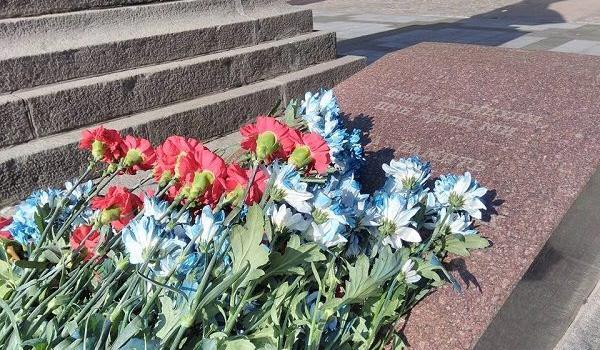 В Кременчуці вшанували Воїнів-визволителів міста часів Другої світової війни