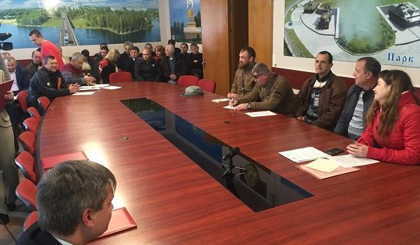 Онлайн: міськвиконком намагається затвердити підвищення тарифів на тепло і гарячу воду для кременчужан (доповнюється)