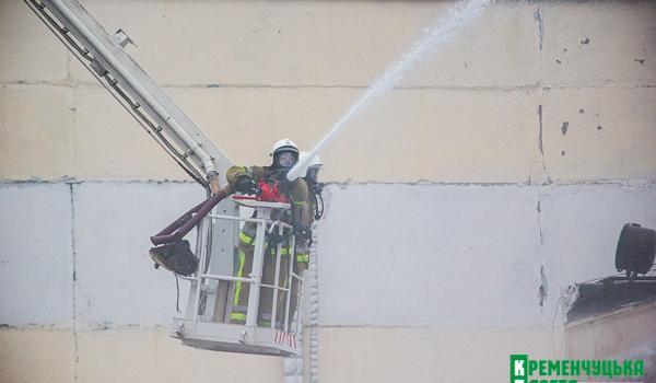Рятувальники за 20 хвилин впоралися із потенційною пожежею на складах у Кременчуці