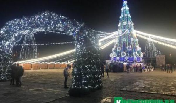КП «Благоустрій Кременчука» починає готуватися до святкування2019 року.