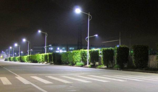 Для вуличного освітлення Кременчука до кінця року придбають 669 світлодіодних світильників