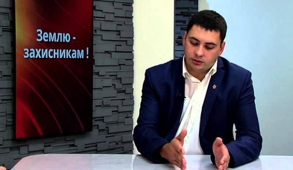 И.о. начальника Держгеокадастра Полтавщины задекларировал более 20,5 га земли