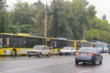 С утра из-за подтопления Первомайской останавливались троллейбусы