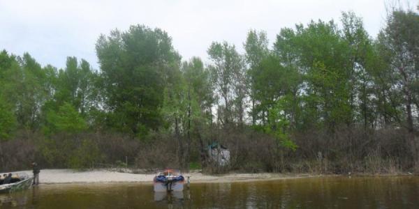 На острове Шаламай нашли труп молодой женщины