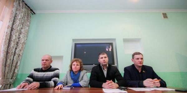 Депутаты – радикалы Кременчуга не считают, что «поют в унисон» с «фиолетовой командой»
