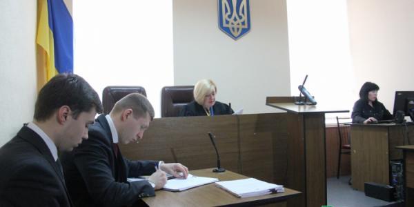 Суд по делу вице-мэра Усановой приостановлен