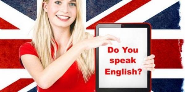 В Университете начали работать языковые курсы для педагогического состава.