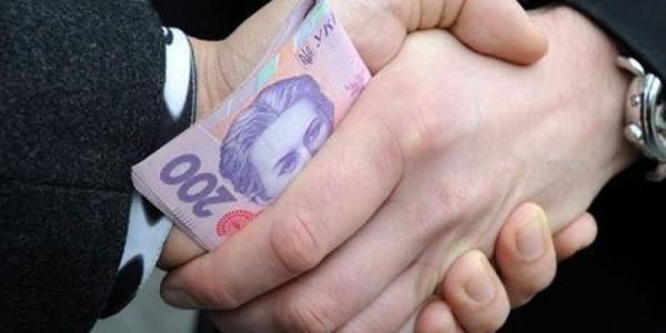В Полтавской области два врача «погорели» на взятке