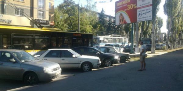 По маршруту №1, 2, 5 временно приостановлено движение троллейбусов