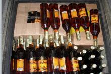 Кременчугские воры «поживились» 20 бутылками спиртного
