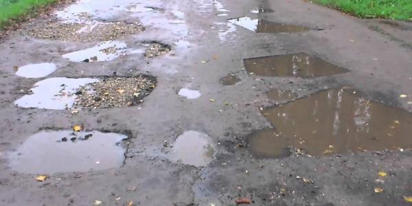 Главврачи Кременчуга обеспокоены состоянием дороги в морг