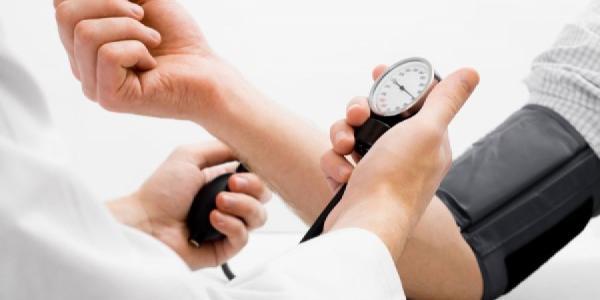 Медики проверят артериальное давление горожан