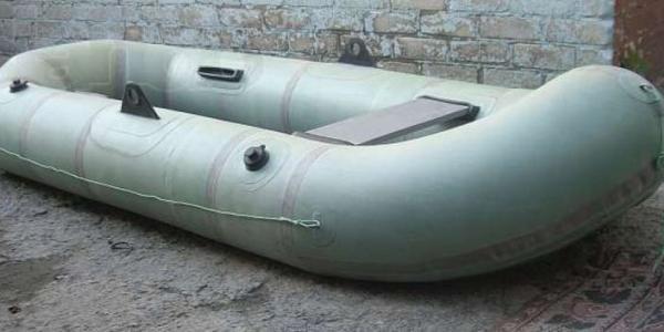 У кременчужанина «угнали» резиновую лодку