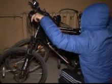 У кременчужанина украли два велосипеда и ролики