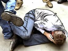 Выпившие малолетки разбушевались возле 31 школы