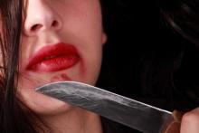 Кременчужанка порезала ножом своего сожителя