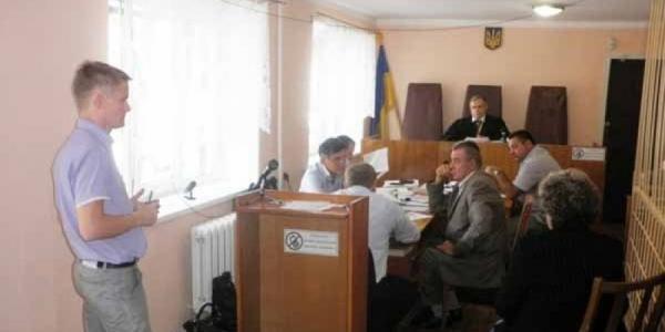 Осужденный за взятки Любенко - покаялся