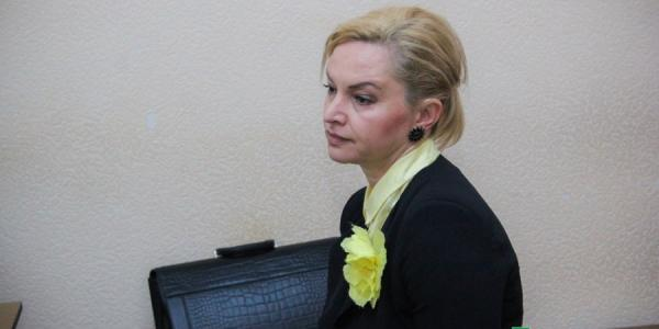 Дело Илоны Бобер: суд 5 мая решит виновна или нет директор гимназии №5 в коррупции