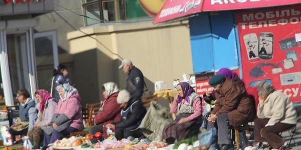 В Кременчуге на стихийную торговлю «наедут» не только чиновники, но и полицейские