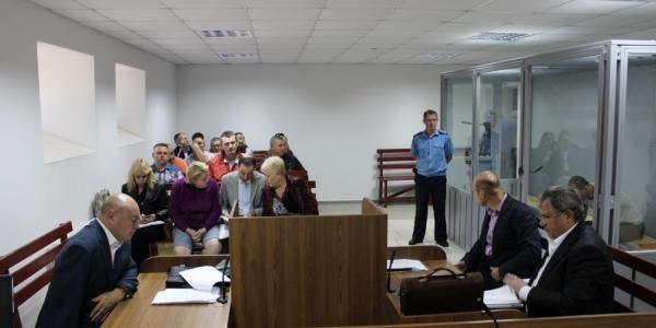 Задержанный журналистами экс-сотрудник полиции взят под стражу в зале суда