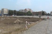 «Вышиванка» на площади Кременчуга уже «подешевела» до 500 тысяч гривень