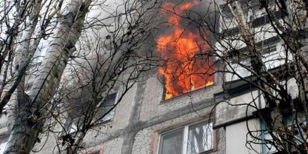 Пожарные успели спасти от полного выгорания 3-комнатную квартиру