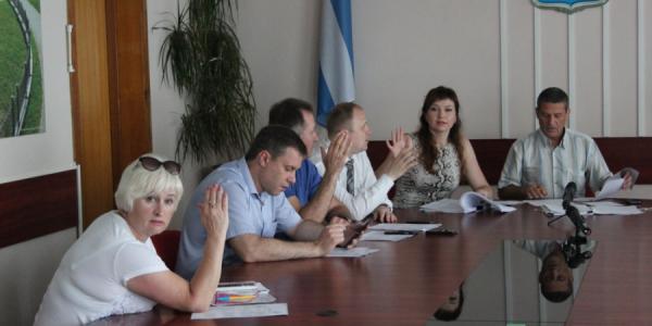 Через неделю депутаты в Кременчуге скажут, какой отдел в мэрии сократить, а какой – расширить