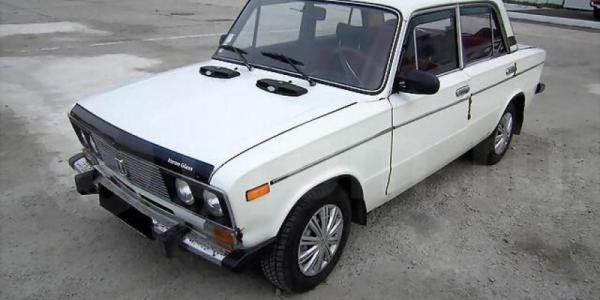 В Кременчуге неизвестные угнали автомобиль ВАЗ 21063