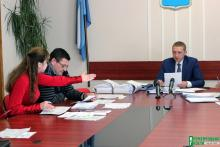 Депутат Пиддубная упрекает своего кума – мэра Малецкого, что ее дочка занимается без учебников