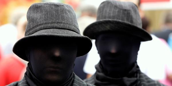 Разбой под Кременчугом: преступники заклеили бабушке рот скотчем и забрали 10 тыс. грн.